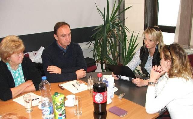 Na snímke: Na zasadnutí členovia Výboru pre vzdelávanie NRSNM podporili snahu o otvorenie nového vzdelávacieho profilu na Gymnáziu Mihajla Pupina v Kovačici