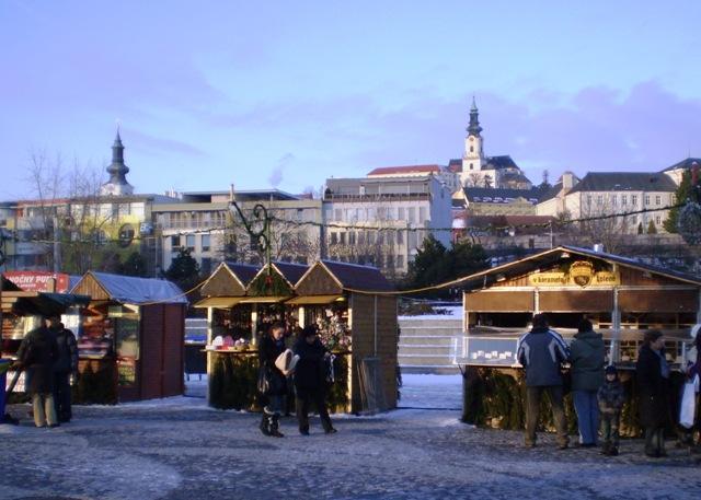 Dnes otvoria Vianočné mestečko v Nitre