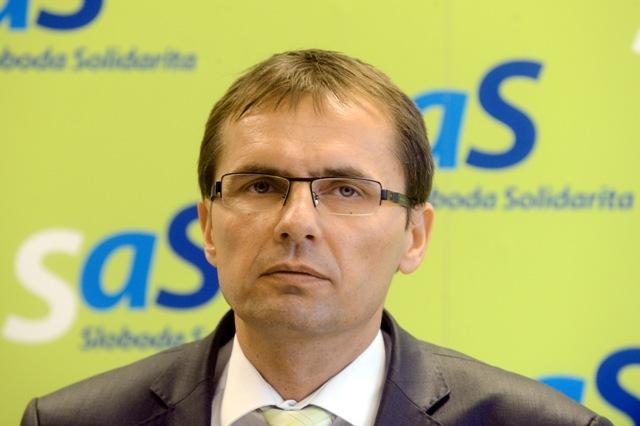 Na snímke podpredseda SaS a tímlíder pre vonkajšiu a vnútornú bezpečnosť Ľubomír Galko