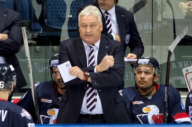 Na snímke tréner Slovana Miloš Říha