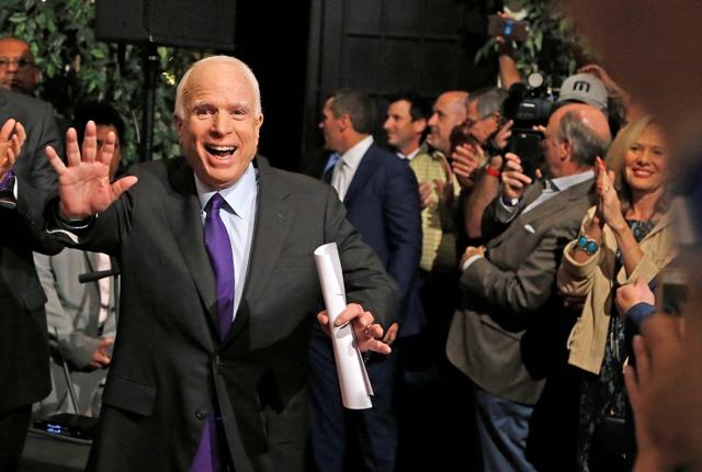Na snímke republikánsky senátor John McCain
