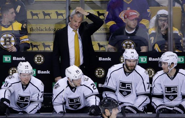 Na snímke tréner LA Kings Darryl Sutter v zápase hokejovej NHL Boston Bruins - Los Angeles Kings v nedeľu 18. decembra 2016