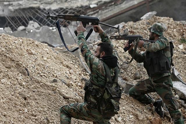 Sýrski vládni vojaci ostreľujú pozície rebelov na frontovej línii Ramúseh vo východnej časti sýrskeho mesta Aleppo