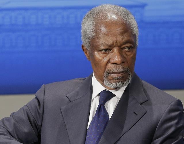 Na archívnej snímke bývalý generálny tajomník OSN Kofi Annan