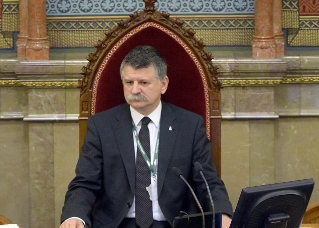 Predseda maďarského parlamentu Lászlo Kover