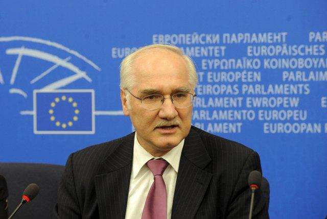 Na snímke slovenský europoslanec Miroslav Mikolášik (KDH)
