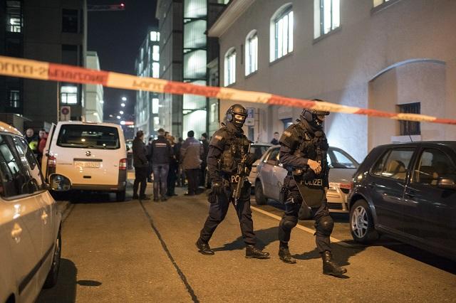 Útočník z mešity v Zürichu je podľa vyjadrenia polície mŕtvy