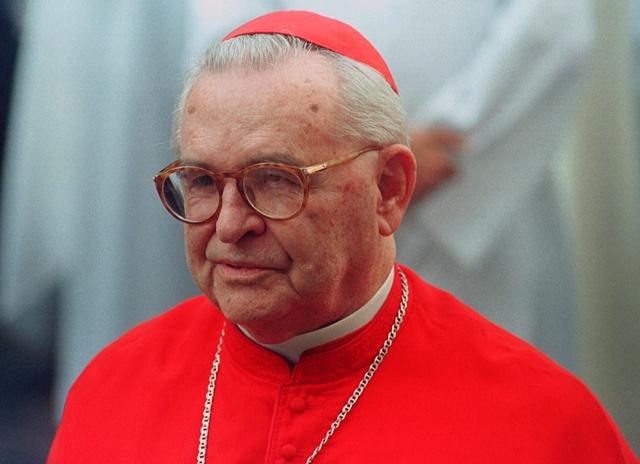 Na snímke brazílsky kardinál Paulo Evaristo Arns