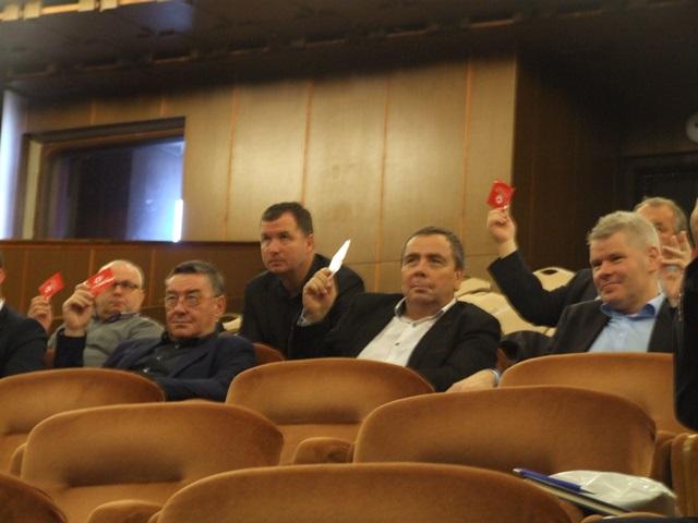 Spokojní delegáti pri hlasovaní boli takmer vždy jednotní a navrhnuté body uznesenia Konferencie ZsFZ  boli jednomyseľne schválené.