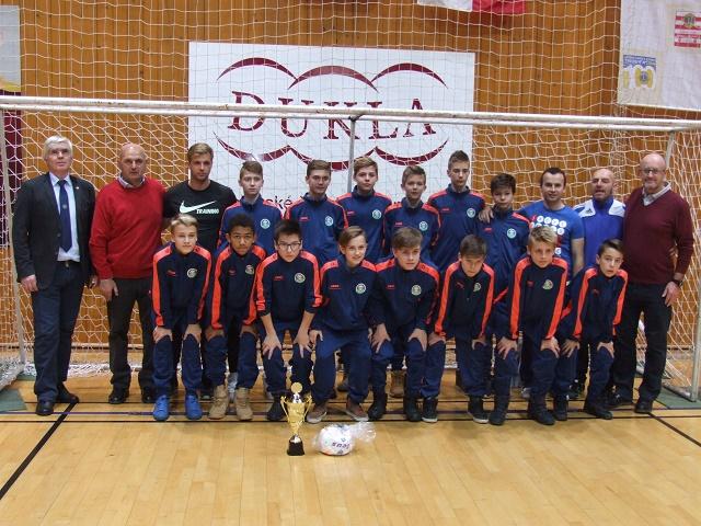 Na snímke žiacky výber Východoslovenského futbalového zväzu, ktorý obsadil druhé miesto