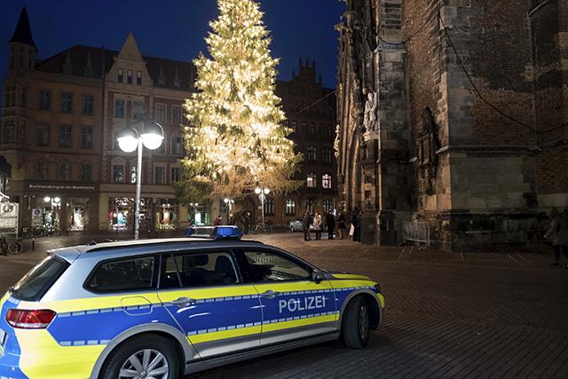 Nemecko Berlín trhy útok Vianoce kostol
