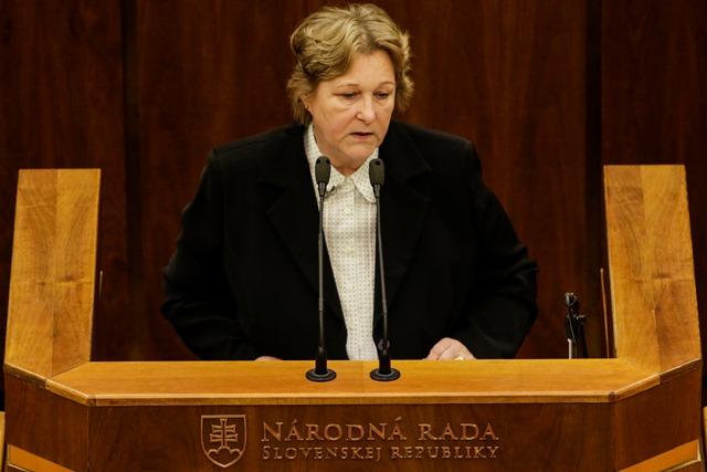 Na snímke verejná ochrankyňa práv Jana Dubovcová