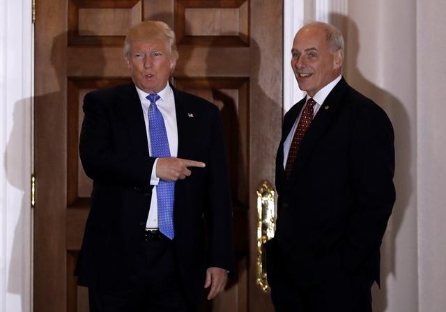 Na snímke Donald Trump a  John Kelly