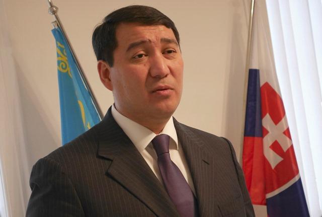 Na snímke mimoriadny a splnomocnený veľvyslanec Kazašskej republiky pre Českú republiku a Slovensku republiku Seržan Abdykarimov