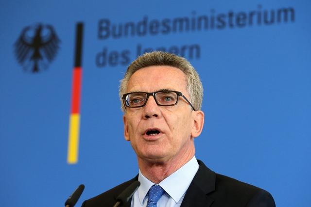 Na snímke nemecký minister vnútra Thomas de Maiziere