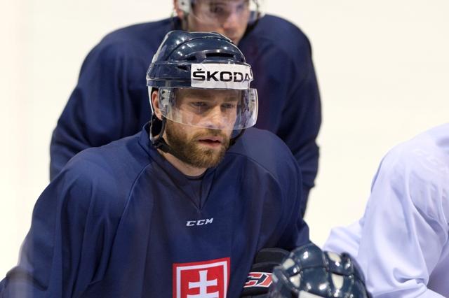Na snímke slovenský hokejový utočník Tomáš Marcinko
