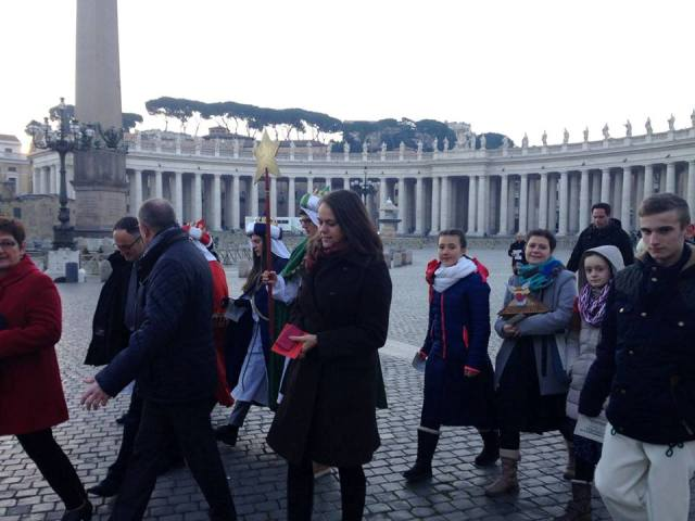Koledníci Dobrej noviny z kysuckého Zákopčia zavinšovali v Ríme