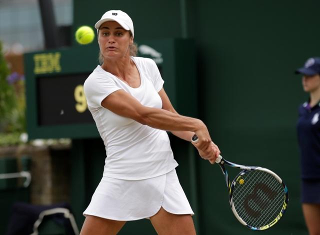 Na snímke rumunská tenistka Monica Nicolescuová