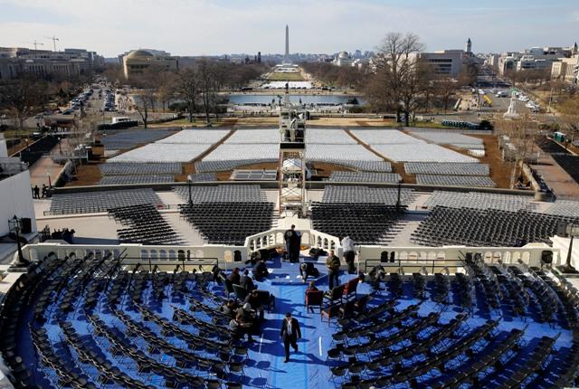 Pohľad na prípravy po skúške na inauguračný ceremoniál pre novozvoleného amerického prezidenta Donalda Trumpa vo Washingtone 16. januára 2017