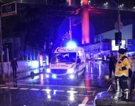 V klube v Istanbule strieľal ozbrojený útočník preoblečený za Santu Clausa. Hlásia najmenej 39 mŕtvych