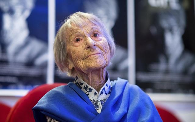 Zomrela niekdajšia sekretárka nacistického pohlavára Josepha Goebbelsa