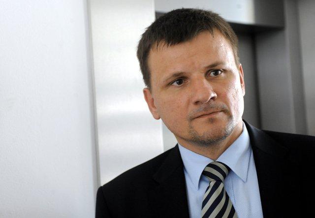 Na snímke poslanec Národnej rady SR (NR SR) Alojz Hlina
