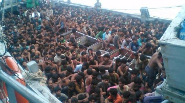 Loď plná migrantov
