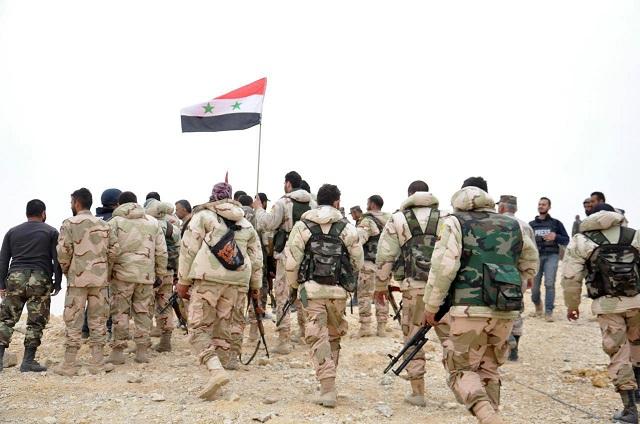 Na archívnej snímke vojaci sýrskej armády
