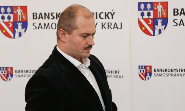 Na snímke predseda Banskobystrického samosprávneho kraja a predseda strany Ľudová strana Naše Slovensko Marian Kotleba