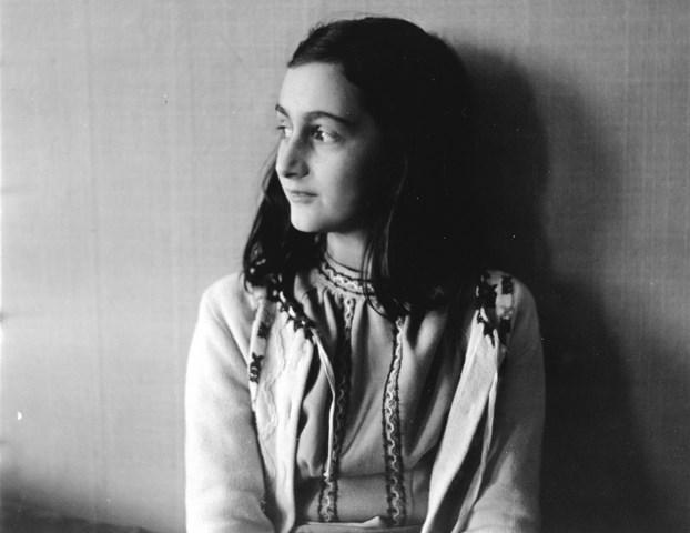 Na snímke Anna Franková