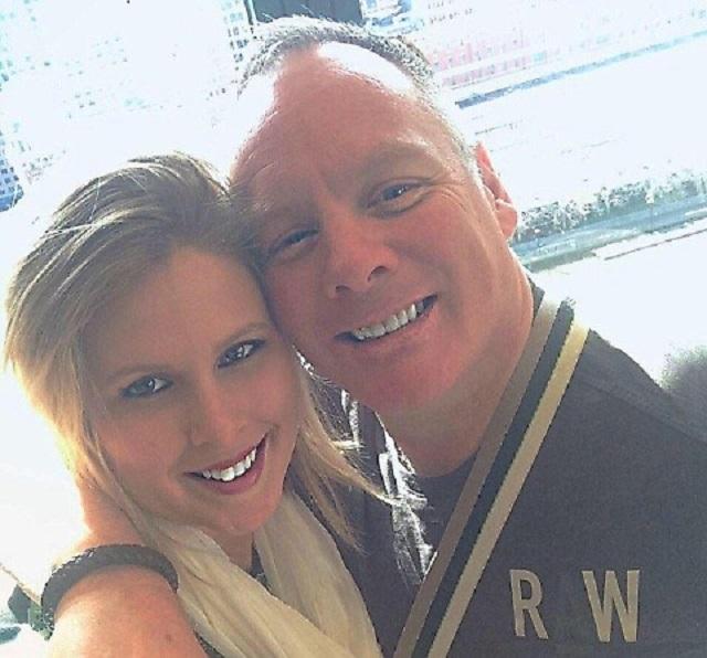 Na snímke veterán Kyle s manželkou Lianou