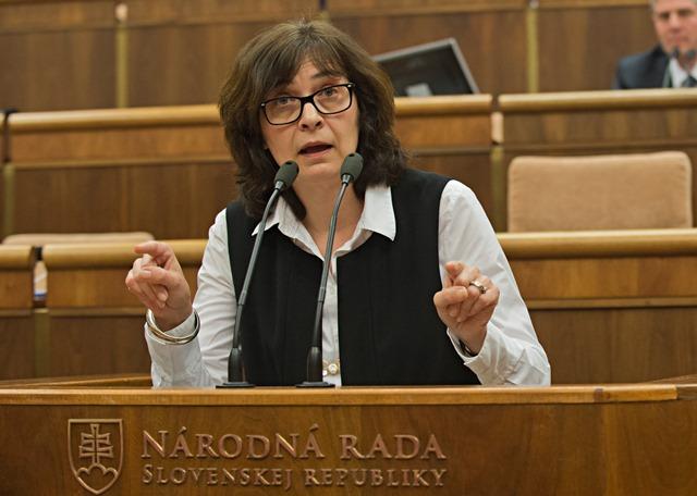 Na snímke ministerka spravodlivosti SR Lucia Žitňanská (Most-Híd)