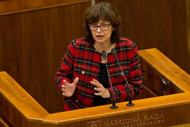 Na snímke ministerka spravodlivosti Lucia Žitňanská (Most-Híd)