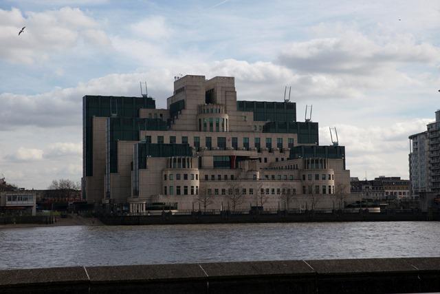 Na snímke sídlo britskej tajnej služby MI6
