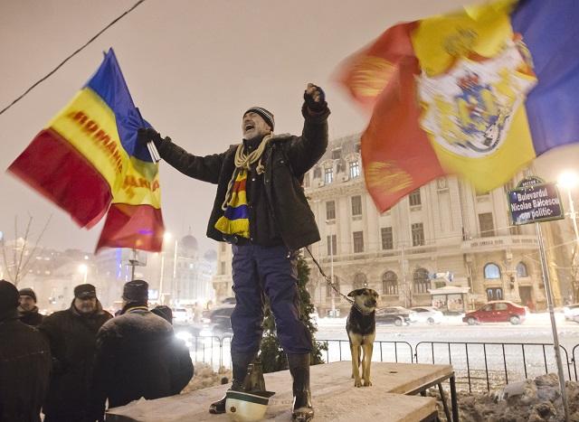 Protivládne demonštrácie v Rumunsku neustávajú