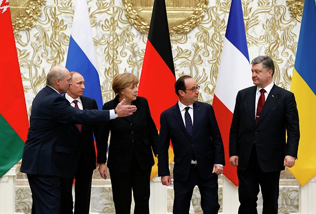 Archívny snímok lídrov Normandskej štvorky a Lukašenka