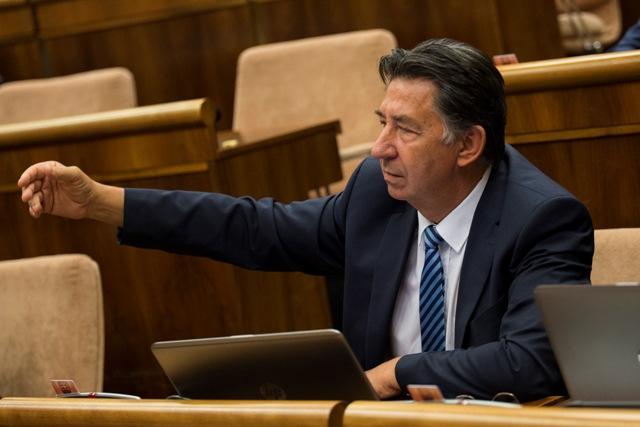 Na snímke poslanec NR SR Ján Budaj (OĽaNO- NOVA)