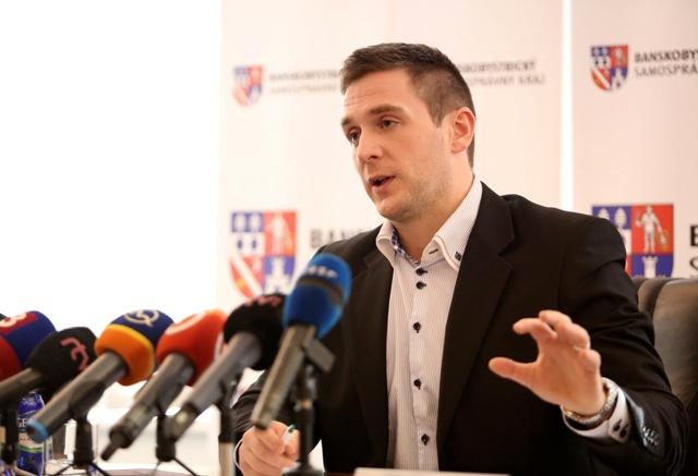 Na snímke podpredseda Ľudovej strany Naše Slovensko Milan Uhrík