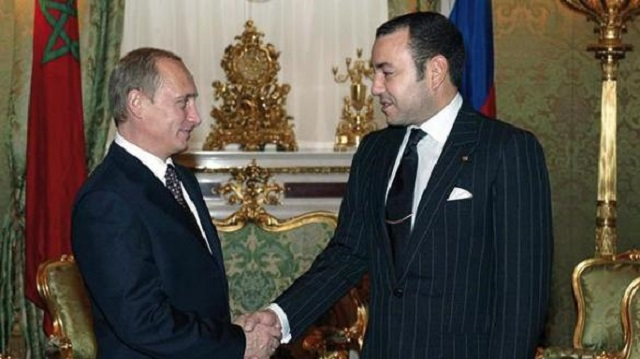 Na snímke vľavo Vladimir Putin a  marocký kráľ Mohammad VI. Foto: ScreenShot Youtube