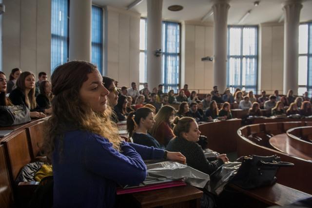 Imatrikulácia zahraničných študentov Univerzity Komenského v Bratislave, ktorí budú študovať v rámci Programu Erasmus+ alebo na základe bilaterálnych dohôd, sa uskutočnila 13. februára 2017 v Auditóriu maximum Právnickej fakulty Univerzity Komenského v Bratislave