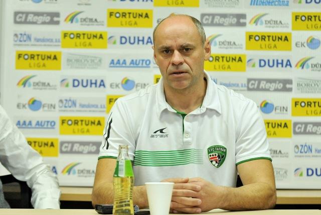 Na snímke hlavný tréner Miroslav Jantek