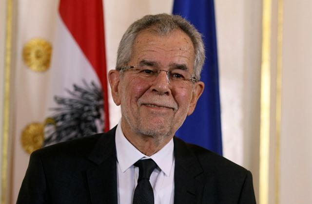 Na snímke rakúsky prezident Alexander van der Bellen