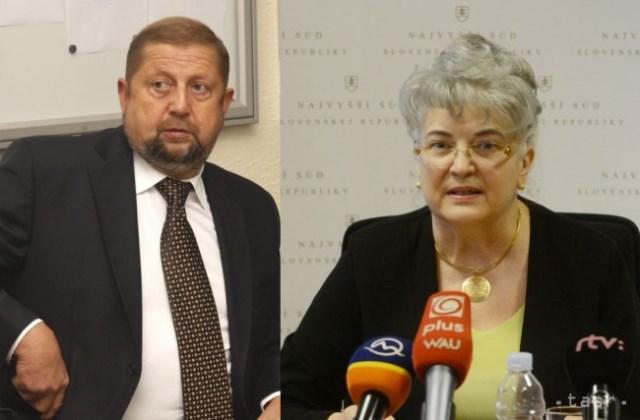 Na snímke Štefan Harabin a predsedníčka Najvyššieho súdu Daniela Švecová