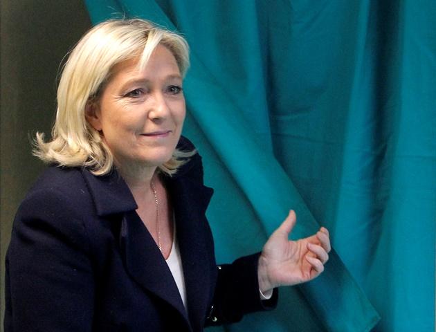 Na snímke líderka krajne pravicového Národného frontu Marine Le Penová