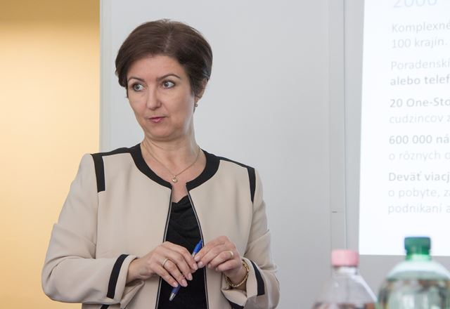 Na snímke vedúca Úradu IOM v Bratislave Zuzana Vatráľová