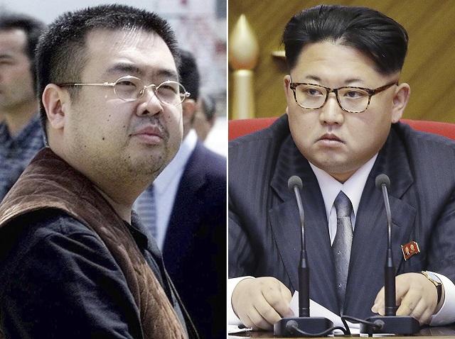 Na kombosnímke nevlastný brat severokórejského vodcu Kim Čong-nam (vľavo) a severokórejský vodca Kim Čong-un (vpravo)