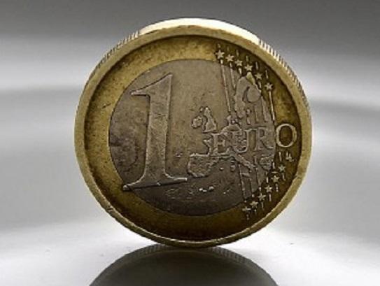 Miera úspor slovenských domácností by mala rásť aj v tomto roku - Hlavné  správy 12e7cd87bbe