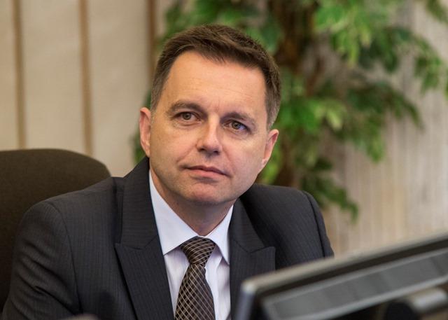 Na snímke minister financií Peter Kažimír