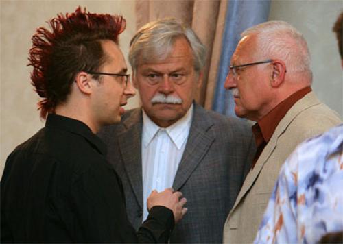Pavel Matocha vľavo