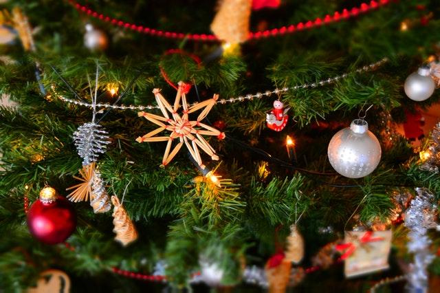 727262a7b Približne 2,2 miliardy kresťanov vo svete začínajú sláviť Vianoce ...